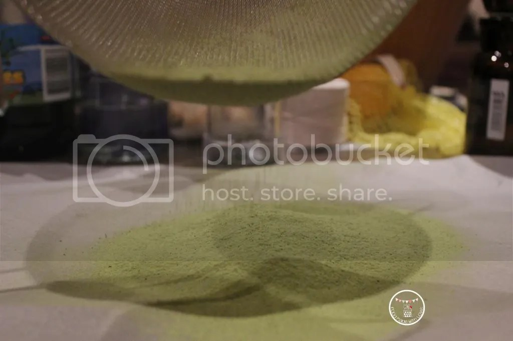 Sifting the flour and matcha powder 3 times