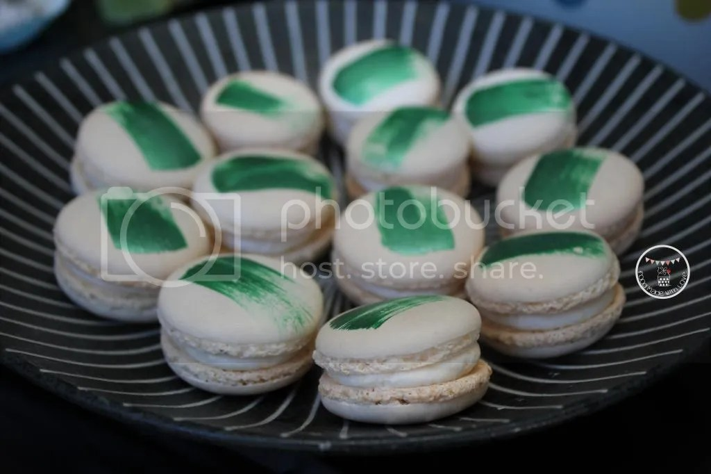lemon lime macarons