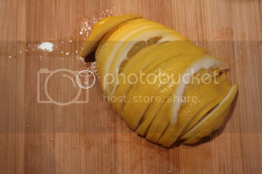 thinly sliced lemon