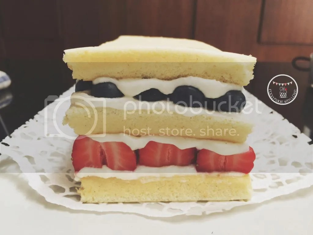 Layered japanese sponge cake
