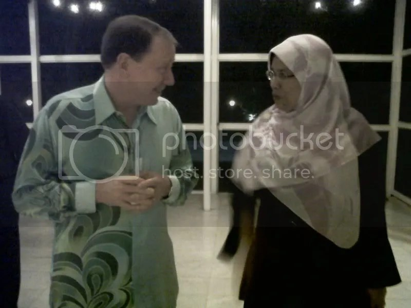 Rodziah Ismail with the US Ambassador