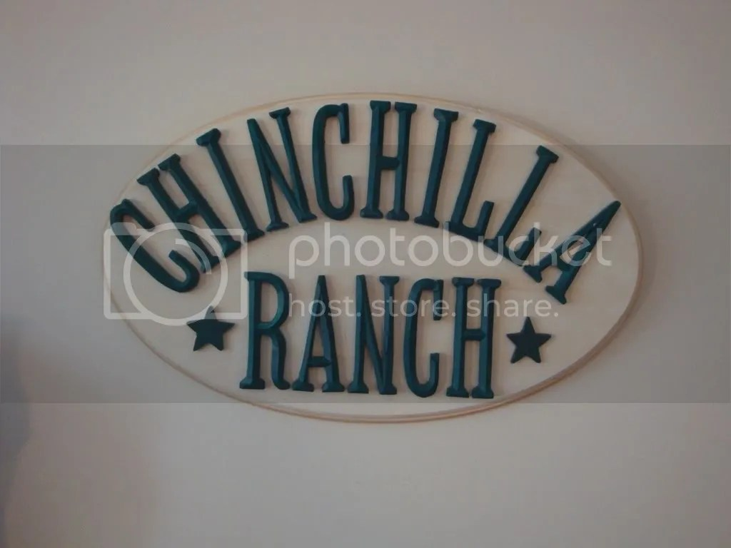 chinchilla ranch sign