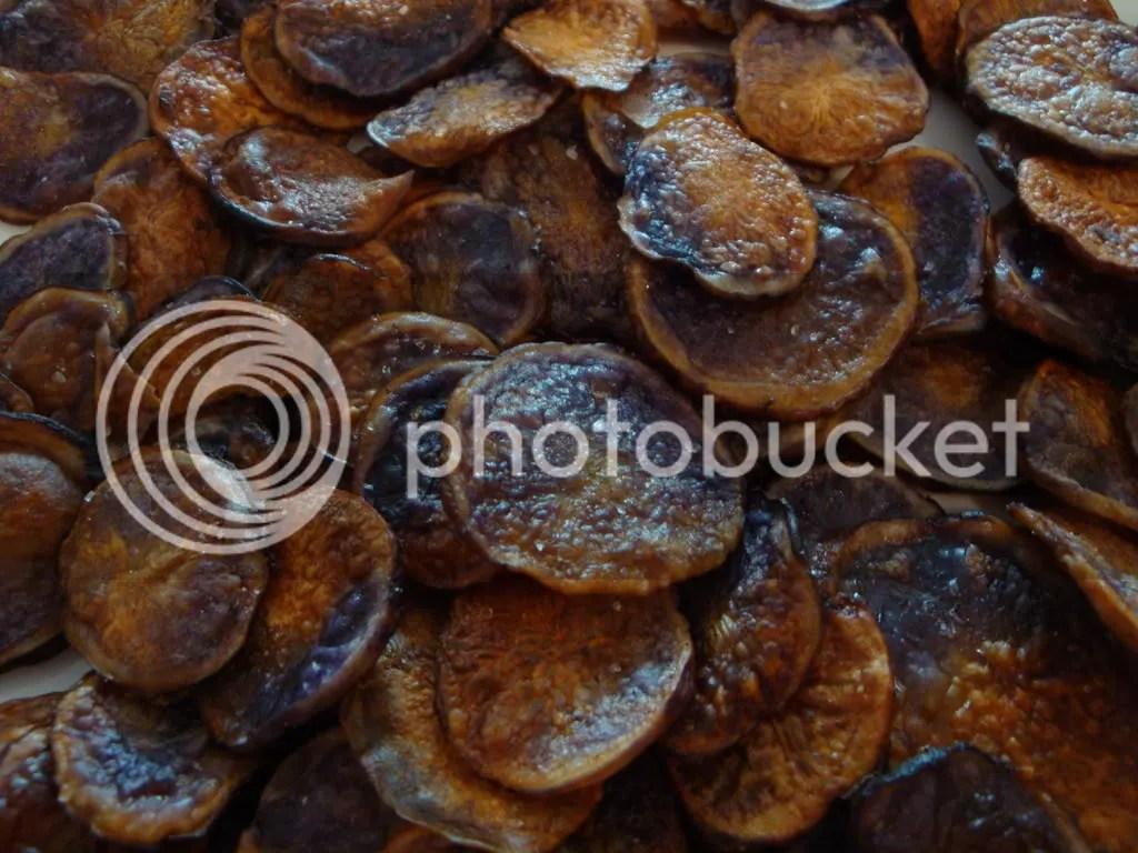 homemade oven baked blue potato chips