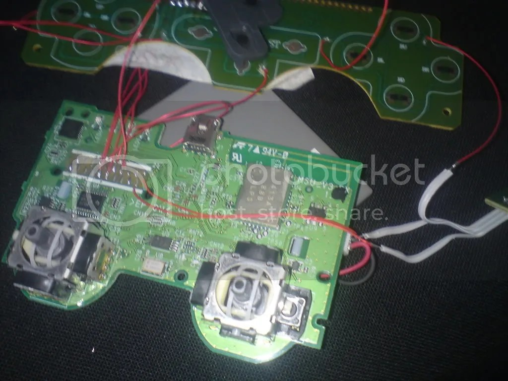 hight resolution of ps controller daughterboard oh and i noticed that the ps2 controller ribbon cable is kinda like
