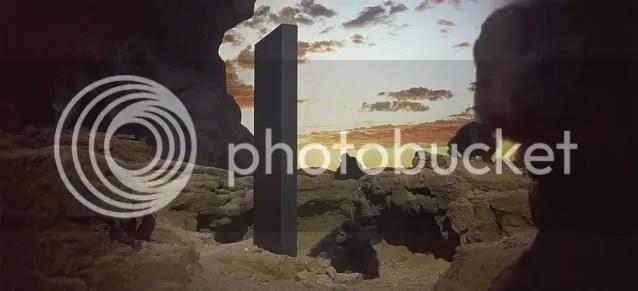 https://i0.wp.com/i292.photobucket.com/albums/mm7/catatando/2001-monolito.jpg