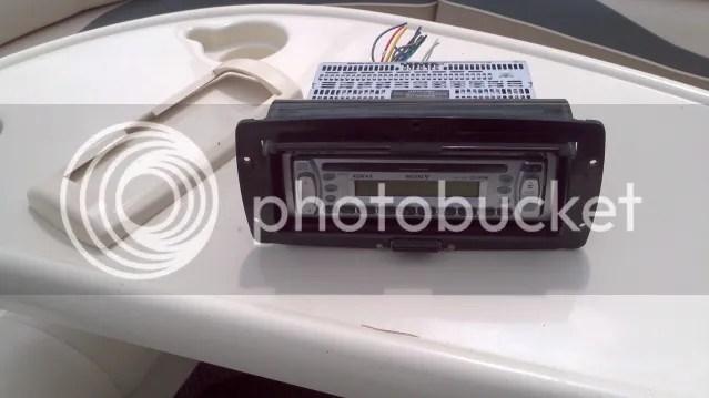 Marine Stereo Wiring Diagram Likewise Clarion Marine Cd Player Wiring