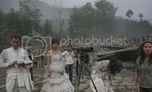 https://i0.wp.com/i293.photobucket.com/albums/mm54/cijeiseven/sichuan%20earthquake/gempa_2.jpg