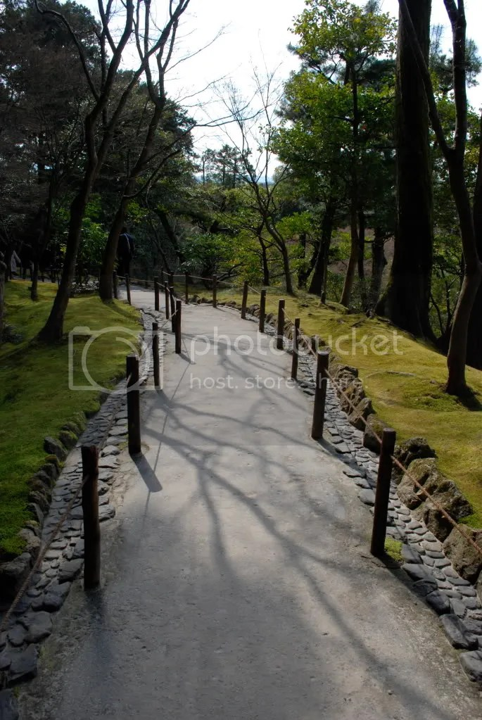 The pristine path of the pavilion grounds