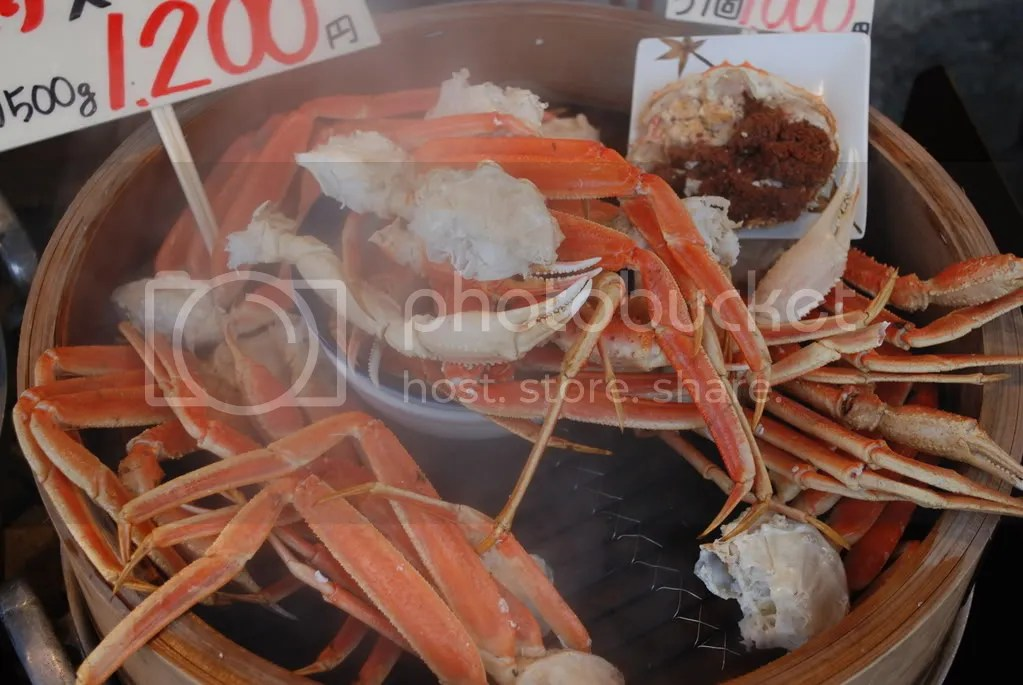 Crab for sale in Otaru city.