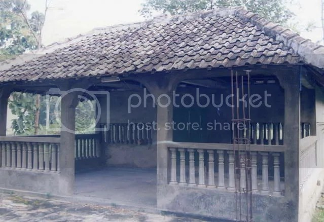Makam Mbah Abdurrahman Klothok
