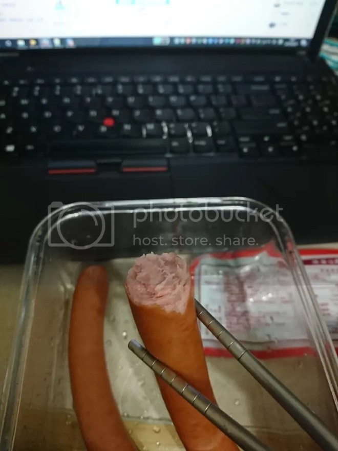 博客Q肉丁原味德國香腸 咬面