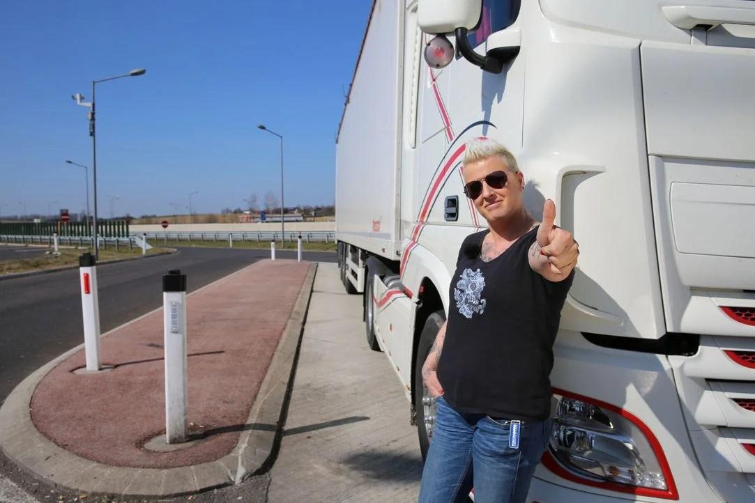 Trucker Girl Wallpaper Trucker Babes Trucker Babes Die Sch 246 Nsten Bilder