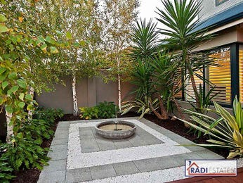 Garden Ideas With Pavers And Pebbles