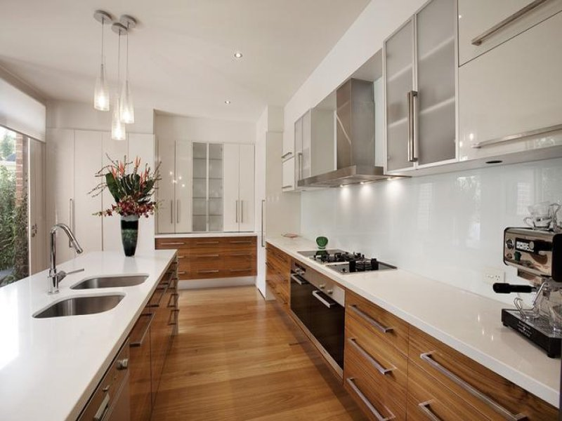 Classic Galley Kitchen Design Using Floorboards