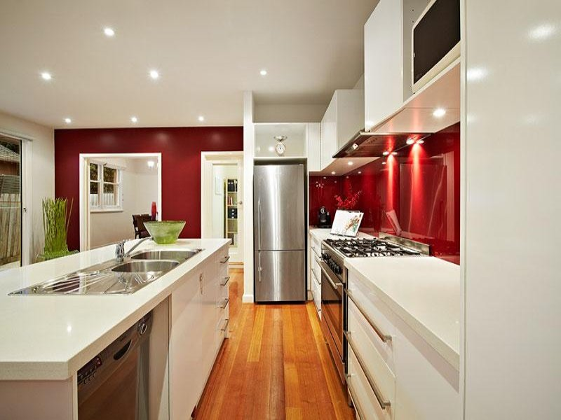 Galley Kitchen Design Using Stainless Steel Kitchen Photo 932519