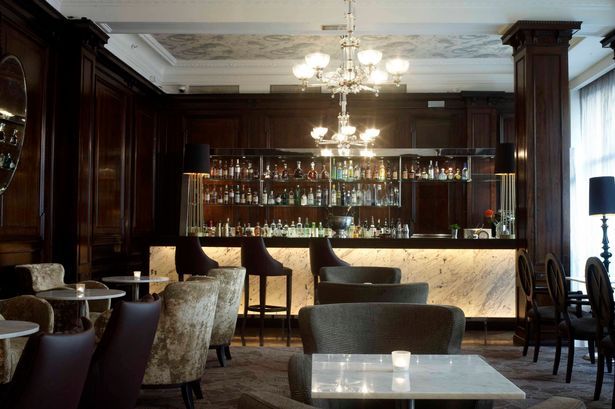 Travel review: Stylish surroundings worth every penny at Waldorf Hilton hotel photo 2