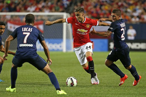 Pereira comes up against Moura and Verratti in Chicago