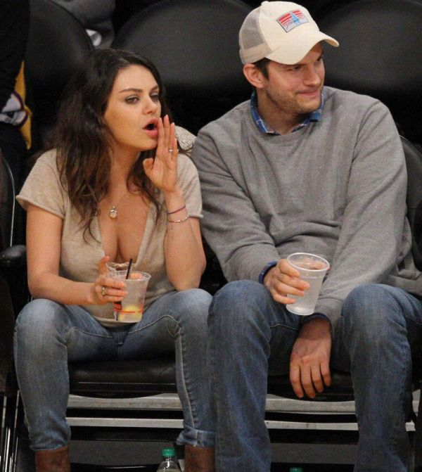 Mila Kunis And Ashton Kutcher Show Passion Alive Lakers Game - Mirror Online