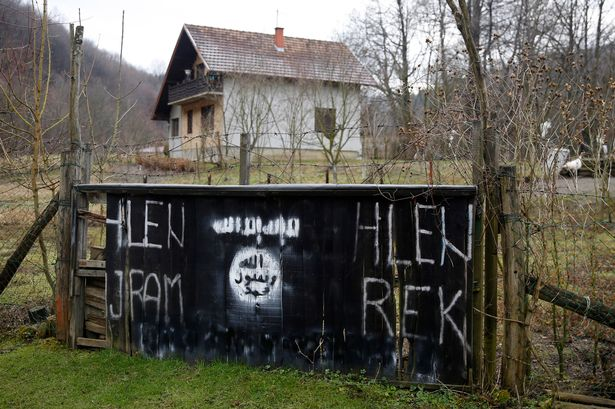 https://i0.wp.com/i3.mirror.co.uk/incoming/article6094538.ece/ALTERNATES/s615/An-entrance-to-the-Bosnian-village-of-Gornja-Maoca.jpg