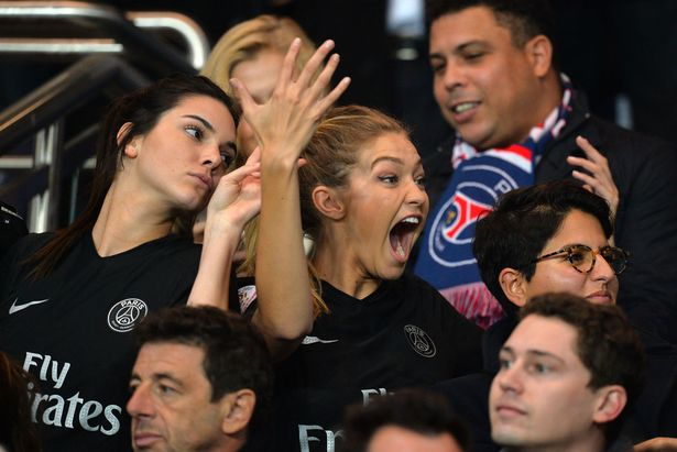 Gigi hadid and Kendall Jenner attend a PSG football match in Paris