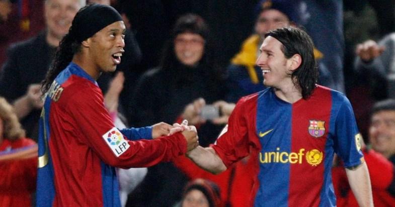 """Résultat de recherche d'images pour """"Ronaldinho et messi"""""""