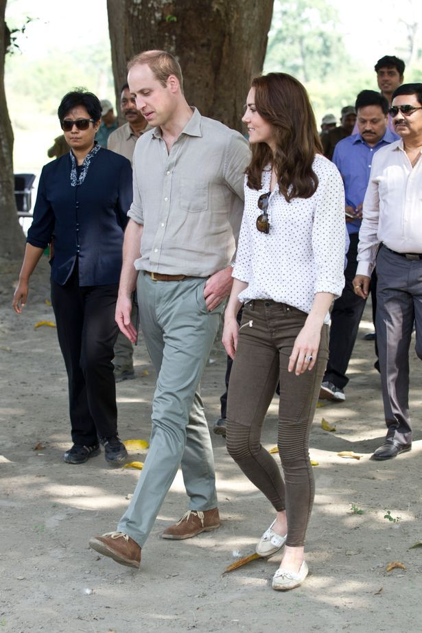 Kate looked comfortable in casual clothes as she and William hit the safari trail