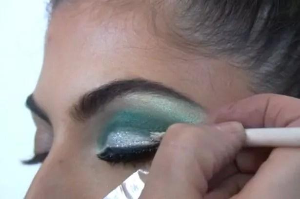 Kardashian eyes step 10