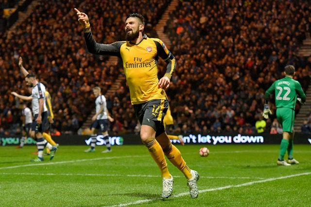 Arsenal's Olivier Giroud reacts after his goal was disallowed for offside