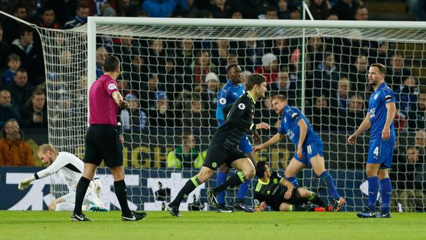 Chelsea Shrug Off Costa's Controversy With Big Win Over Leicester City 4