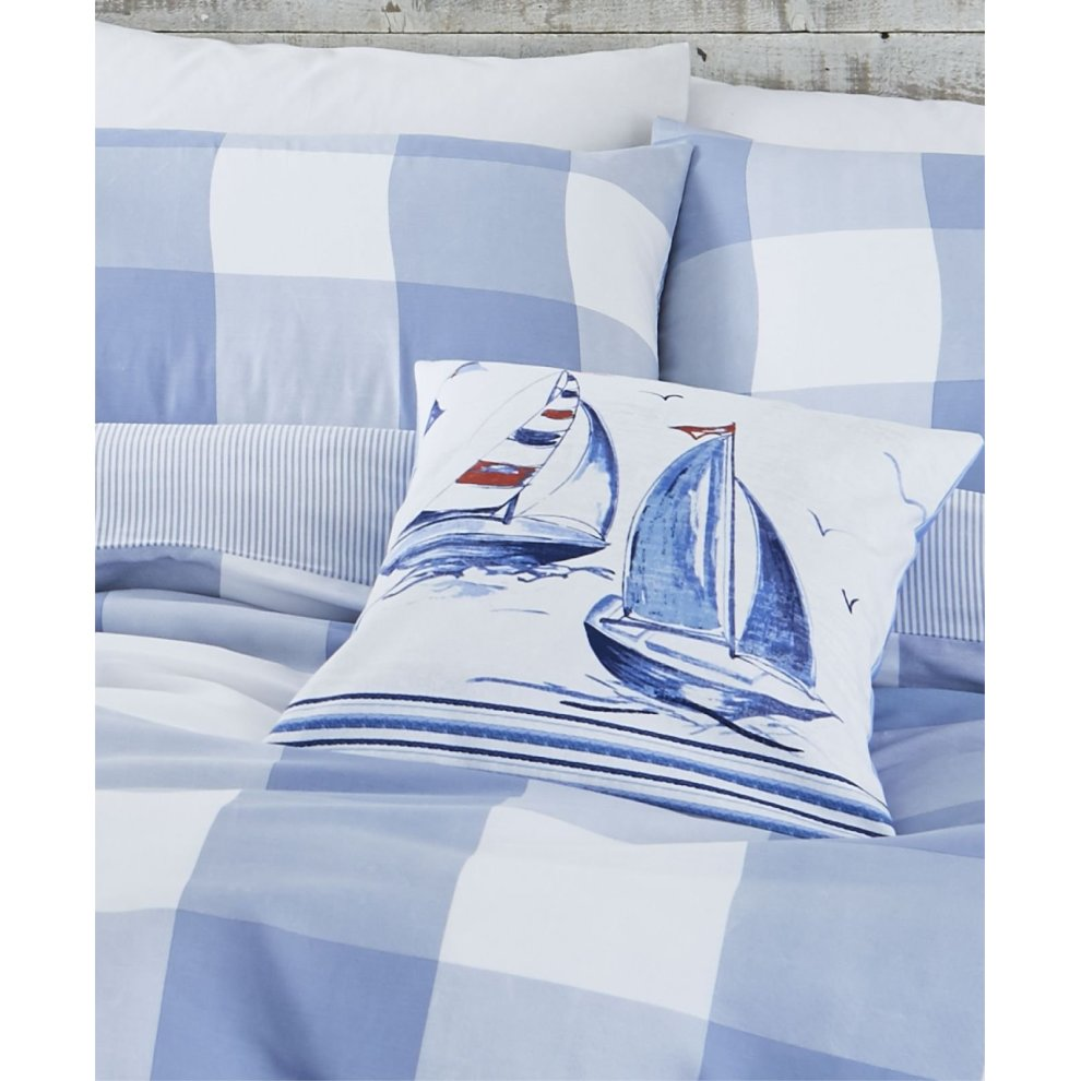 Check Duvet Cover And Curtains Www Myfamilyliving Com