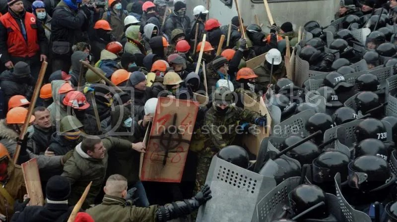photo ukrprotest_zpsbf8f4dc8.jpg
