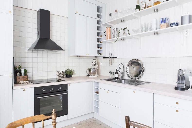 kitchen shelf ideas countertops 小廚房欠收拾 架子一來分分鐘擺平 壹讀 對於一個房子而言 廚房的占地面積本就十分有限 而小戶型的廚房更甚 所以小廚房更要抱著 寸土寸金 的想法來好好利用它的每一處空間 既要讓廚房用具樣樣齊全 又要
