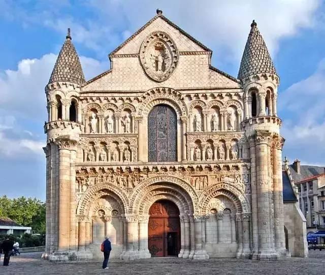 震撼人心的歐洲建築(中)——羅曼式、哥德式、巴洛克和洛可可 - 壹讀