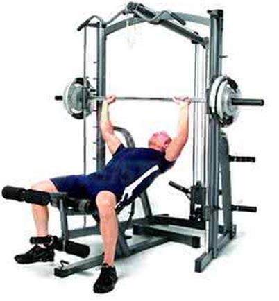 健身房裡的史密斯機真的比自由器械好嗎?淺談史密斯機 - 壹讀