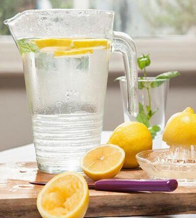 每天檸檬水最適宜的量是多少 - 壹讀