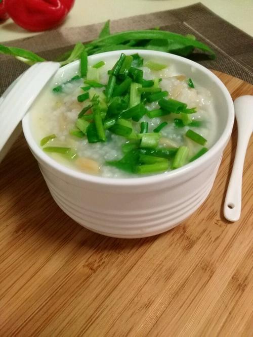 養生粥分享:砂鍋煲皮蛋瘦肉粥、瑤柱瘦肉粥、南瓜紅棗粥的做法 - 壹讀