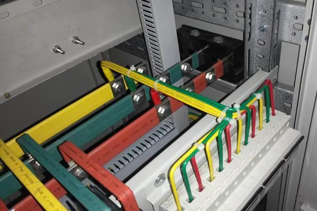 銅排如何選擇? 銅排的載流量如何計算? 電力工程技術專家分析 - 壹讀
