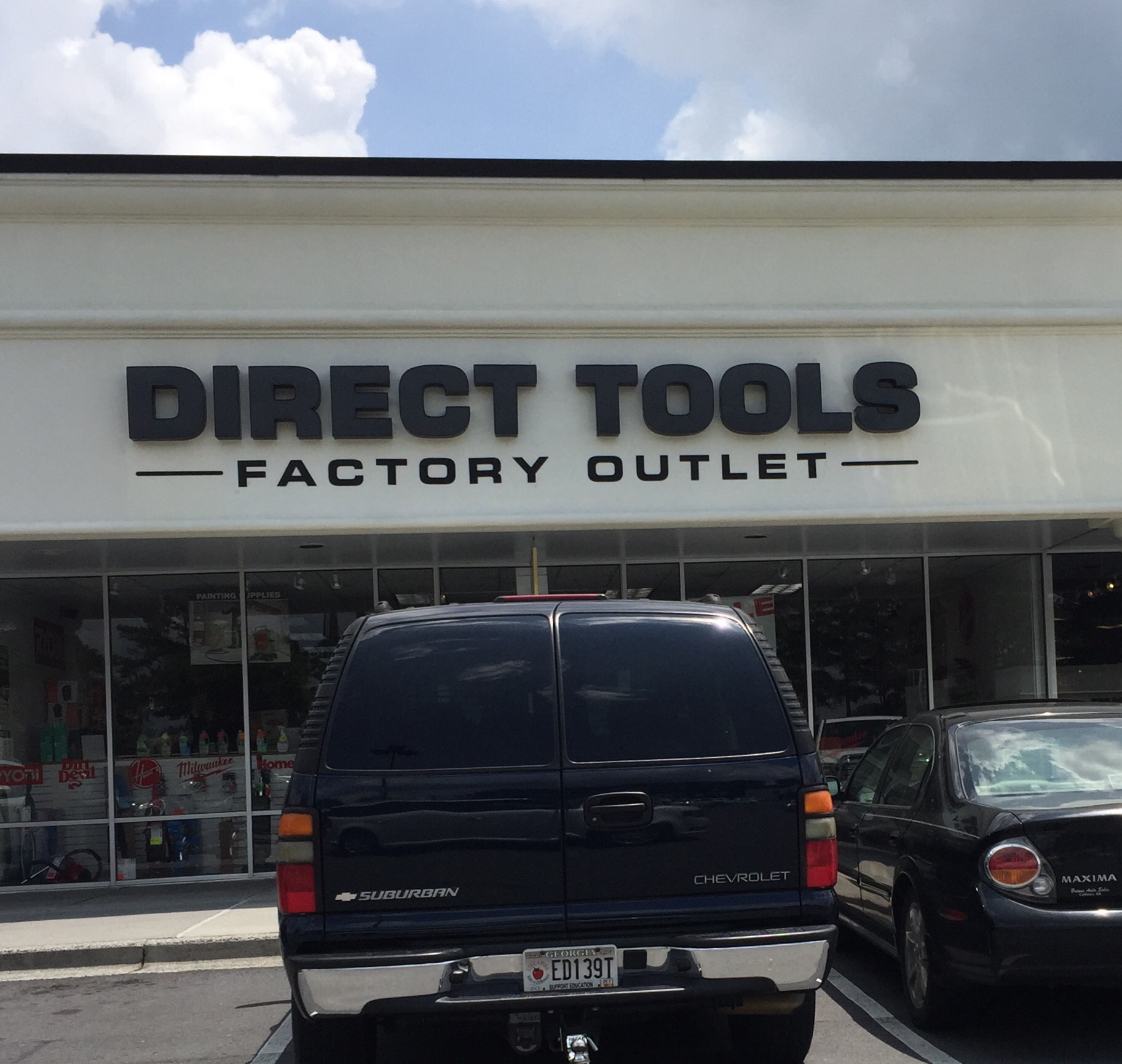 Direct Tools Tanger Outlet Mall
