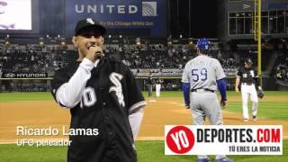 Ricardo Lamas canta el Playball en Chicago White Sox