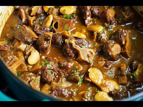 Jamaican Stewed Oxtails | CaribbeanPot.com
