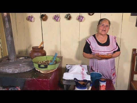 Higado Encebollado y Agua de Hierbabuena De Mi Rancho A Tu Cocina
