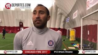 Arturo Alvarez sobre Bastian Schweinsteiger Chicago Fire