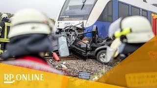 Tödlicher Unfall in Xanten: Nord-West-Bahn rammt Auto