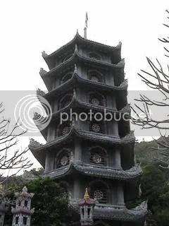 PagodaenlasMontaasdeMrmol.jpg Pagoda en la MOntaña de Mármol picture by Agnetem