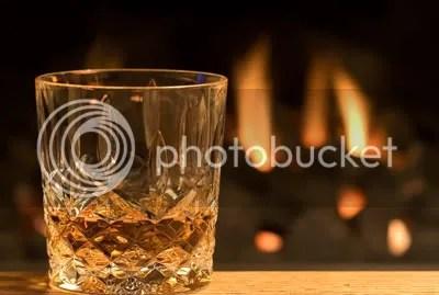 glass whisky photo: glass whisky l_whisky_glass_fire_400w.jpg