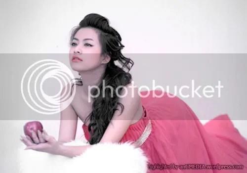 Hoàng Thùy Linh's apple