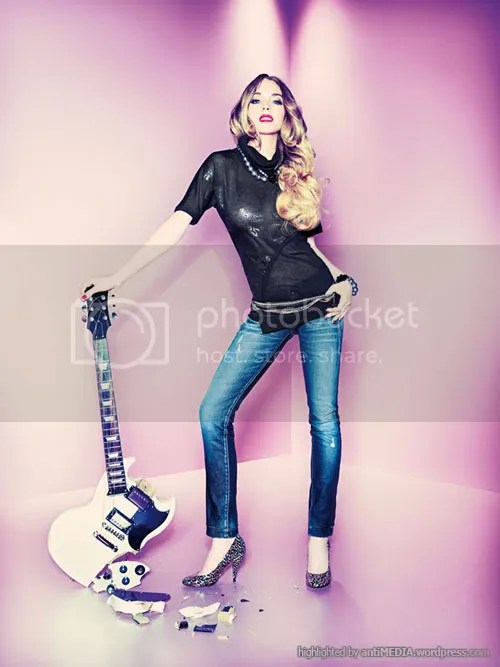 Lindsay Lohan – Fornarina