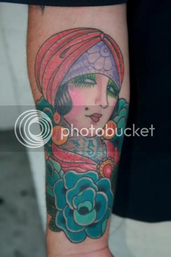 Del 10 al 20 de Diciembre Paul Holland tatuador del Big Kahuna Tattoo en
