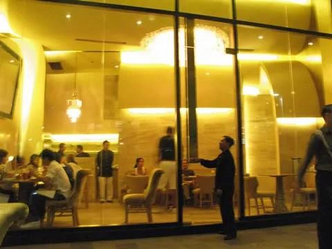 Lusso restaurant, Greenbelt 5