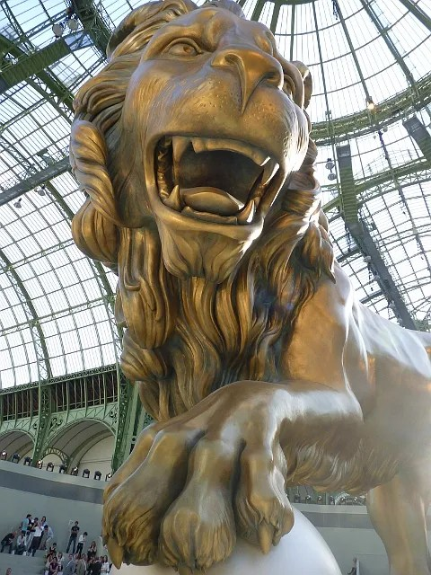 Lion at Chanel Haute Couture Fall Winter 2010 2011